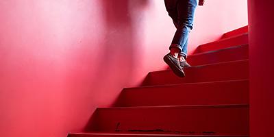 教材用受動歩行模型を用いた設計学習の教育方法