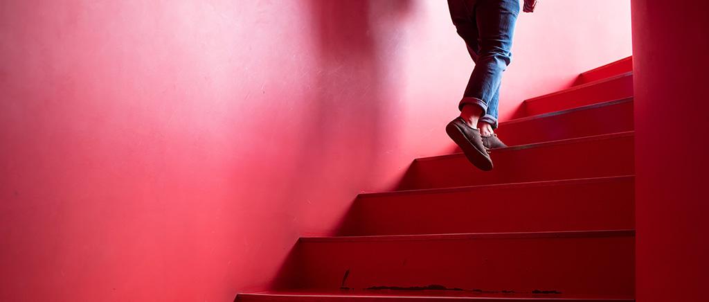 <h1>教材用受動歩行模型を用いた設計学習の教育方法</h1>